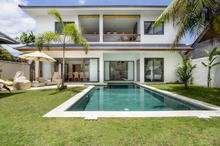 Villa Wiana - Modern Chic With Tropical Charm 3 Bedroom Villa in Seminyak - 1