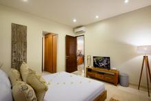 Villa Sophia - Luxury 4 bedroom villa which spread over two floors in Legian - 11