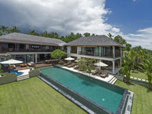 Villa Asada - Luxurious 4 BR Villa with Seaview in Candidasa