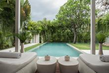 Frontside Villa 3 Bedroom - 3 BR Beautiful Villa Covered with Tropical Vibe - 5