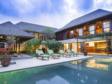Bayu Gita Complex 9 bedrooms - A Perfect Wonderful 9 Bedroom Villa for Your Family - 1
