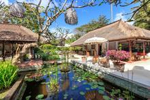 Villa Arimbi - Tropical and Luxurious 5 Bedroomed Villa