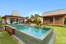 Villa Sebelah - Exceptionally antique 3 bedrooms villa in Kerobokan