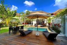 Villa Calypso - Perfect Getaway in Batu Belig - 2