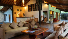 Villa Tabatha - A Cozy Wooden 4 Bedrooms Villa - 12