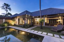Villa Tiga Mangga - 2 Bedroom Villa with Walking Distance to Oberoi Street - 2