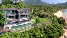 Isle View Villa - Private 5 Bedroomed Beachfront Villa