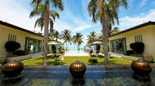 Villa Asan - Private 5 Bedroomed Beachfront Villa - 2