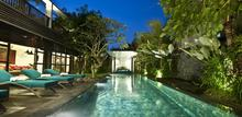 Villa Amira - Amazing and Peaceful 5 BR Legian Villa
