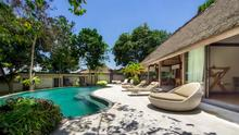 Villa Kayu Merah - A charming luxury 3 bedrooms villa in Uluwatu