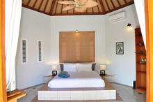 Naga Maya House Kamboja - 2 Bedrooms Picturesque Villa in Legian - 5