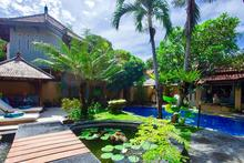 Naga Maya House - 2 Bedrooms Tranquil Oasis in Legian