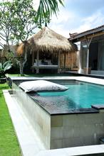 Santai Beach House - 3 BR Beautiful Villa Covered with Tropical Vibe - 6