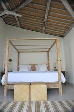 Santai Beach House - 3 BR Beautiful Villa Covered with Tropical Vibe - 12