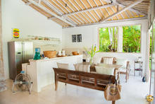 Santai Beach House - 3 BR Beautiful Villa Covered with Tropical Vibe - 22
