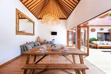 Villa Makasih - Pleasingly Stylish 2 Bedroom Villa With Natural Balinese Design in Seminyak - 15