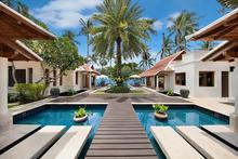 Baan Chao Lay - Contemporary elegance 5 Bedroomed Villa combines with Tropical Ambiance