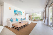 Villa Hasian - 5 Bedroom Villa with a fancy sunny colors In Seminyak - 40