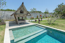 Villa Hasian - 5 Bedroom Villa with a fancy sunny colors In Seminyak - 3