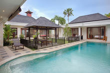 Villa Harmony Canggu - Perfect 5 Bedroom Villa with Pool - 1